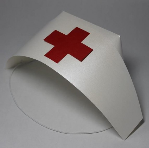 how to make a nurse hat out of construction paper