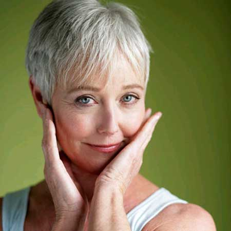 Best-Short-Haircuts-for-Older-Women-1